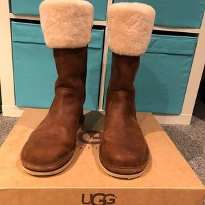 Leather UGGS worn once ever with box